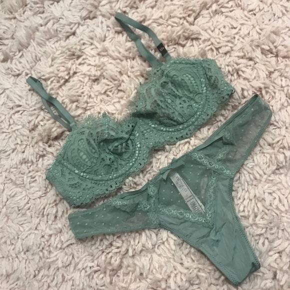 08d18aeff7aa Victoria's Secret Intimates & Sleepwear   New Vs Unlined Uplift Bra ...